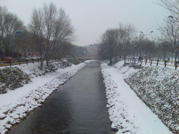 Rio esgueva fotos de nieve for Gimnasio rio esgueva