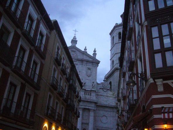 Una Catedral encorsetada