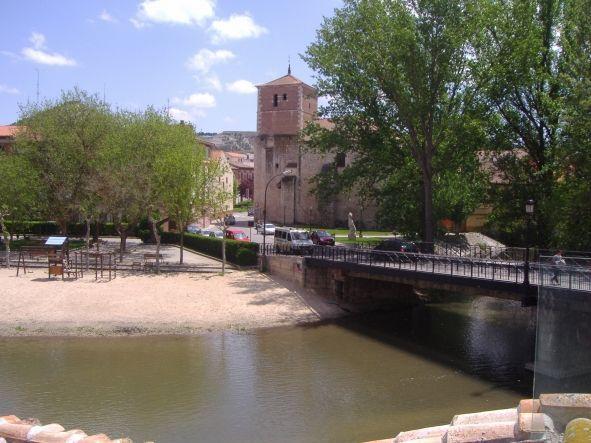 Puente de la Juderia en Peñafiel