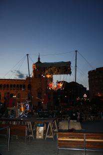 Noche bañada de unión latina