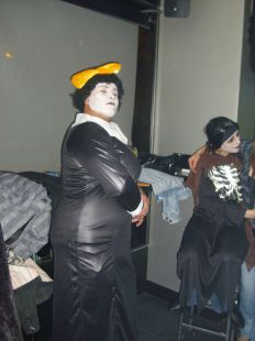 Sale del Armario en Halloween